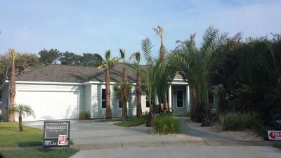 Rockport Single Family Home For Sale: 104 Boardwalk Ave