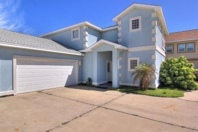 Port Aransas Condo/Townhouse For Sale: 677 Morgan Circ #D