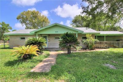 Aransas Pass Single Family Home For Sale: 940 W Greenwood