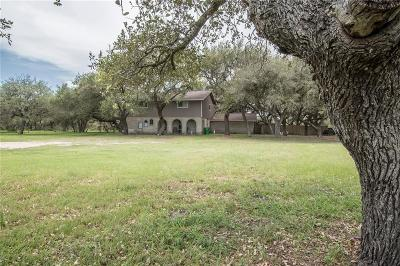 Aransas Pass Single Family Home For Sale: 117 W Moore Ave