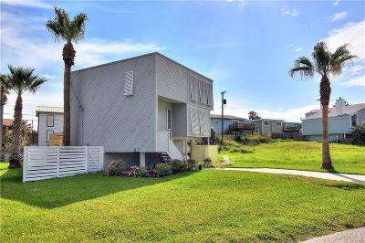 Port Aransas Single Family Home For Sale: 609 Island Retreat Road