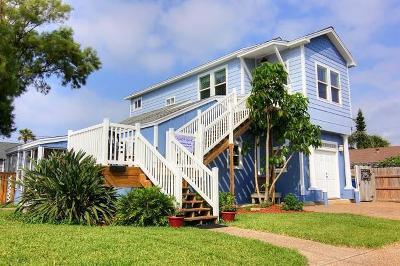 Port Aransas Single Family Home For Sale: 410 E Avenue E