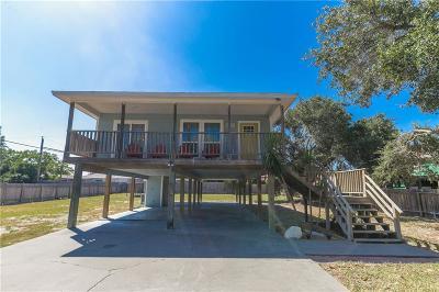 Single Family Home For Sale: 3926 Herring Dr