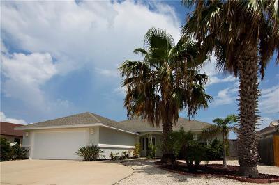 Single Family Home For Sale: 13626 Catamaran Dr