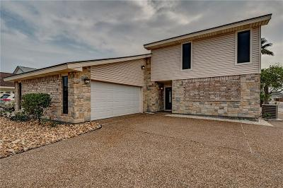 Single Family Home For Sale: 15317 Yardarm Ct