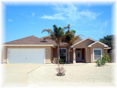 Single Family Home For Sale: 13814 Laffite