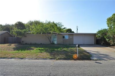 Single Family Home For Sale: 3120 Cove Way Dr