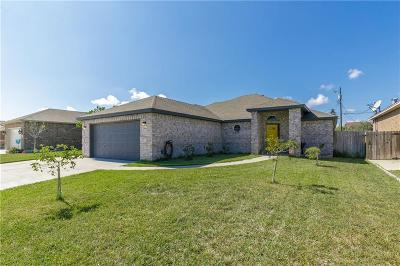Single Family Home For Sale: 3814 Holland