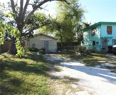 Multi Family Home For Sale: 904 W Lakeside Dr