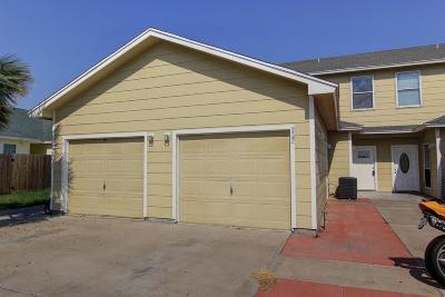 Condo/Townhouse For Sale: 14214 Ambrosia St #102