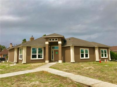 Single Family Home For Sale: 15541 Finistere St