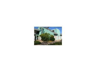 Condo/Townhouse For Sale: 14300 Aloha #212