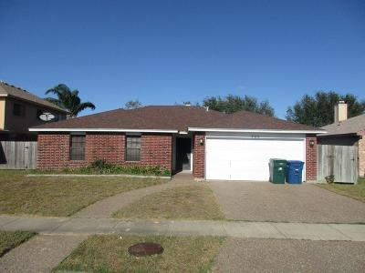 Single Family Home For Sale: 722 Saint Maria