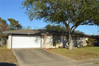 Single Family Home For Sale: 606 Aristocrat Dr