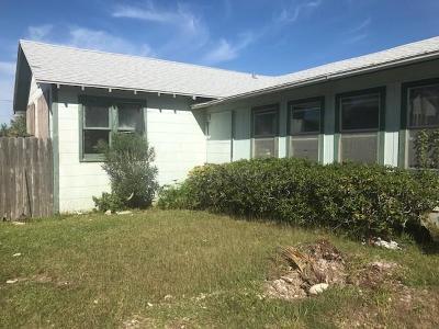 Port Aransas TX Single Family Home For Sale: $199,900