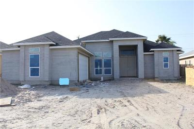 Single Family Home For Sale: 13917 Coquina Bay Ave