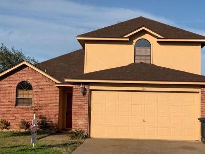 Single Family Home For Sale: 726 Saint Maria