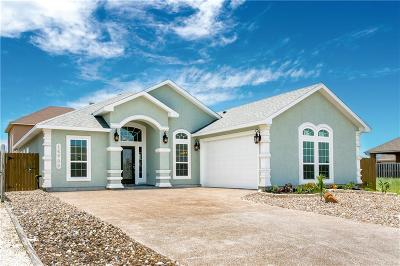 Single Family Home For Sale: 14709 Quarterdeck