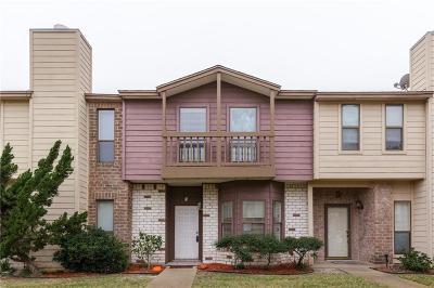 Condo/Townhouse For Sale: 2809 Saint Joseph St #F