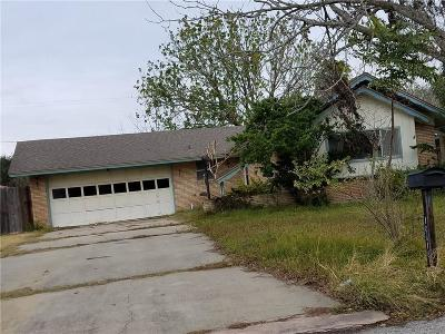 Corpus Christi Single Family Home For Sale: 10618 Westwood Dr