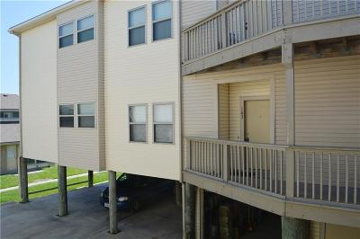 Port Aransas Condo/Townhouse For Sale: 715 Beach Access Road 1a #103