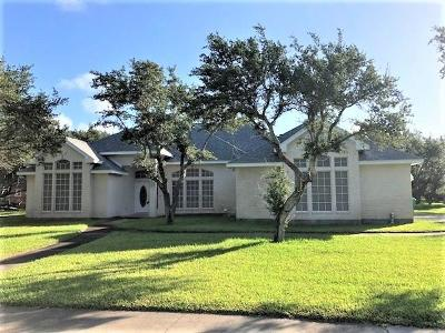 Aransas Pass Single Family Home For Sale: 1830 W Deberry
