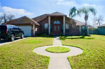 Kingsville Single Family Home For Sale: 307 Reidda