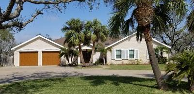 Rockport Single Family Home For Sale: 555 Saint Francis