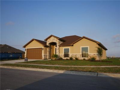 Portland Single Family Home For Sale: 106 Chiman Circ