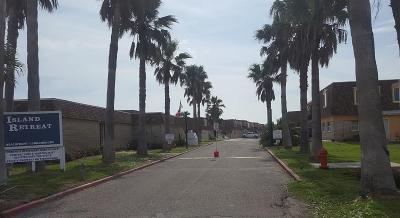 Condo/Townhouse For Sale: 700 Island Retreat #44