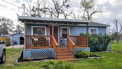 Rockport Single Family Home For Sale: 910 N Ann St
