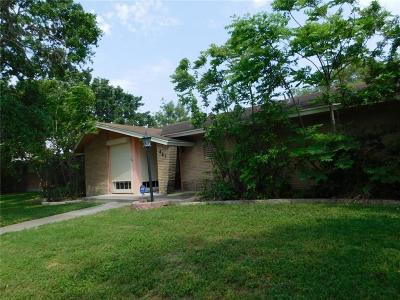 Single Family Home For Sale: 461 Palmetto St