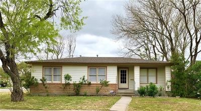 Single Family Home For Sale: 342 Whitehall Dr