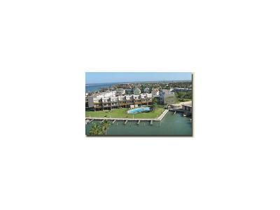 Port Aransas Condo/Townhouse For Sale: 900 N Station St #11 & 12