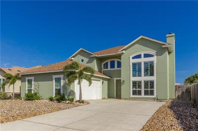 Single Family Home For Sale: 13526 Catamaran Dr