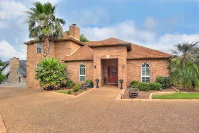 Single Family Home For Sale: 14742 Red River Dr