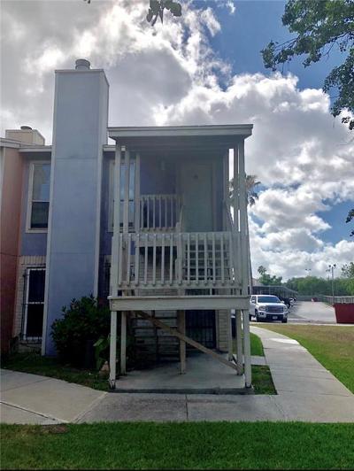 Corpus Christi Condo/Townhouse For Sale: 6702 Everhart #M-105
