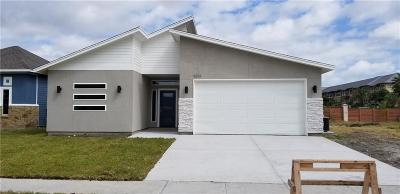 Single Family Home For Sale: 5814 Bella Donna Dr