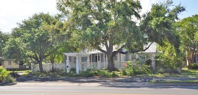 Single Family Home For Sale: 601 Del Mar Blvd