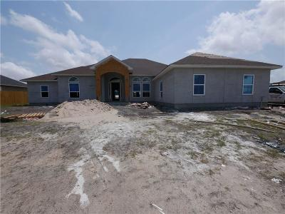 Single Family Home For Sale: 2034 Amaryllis Dr