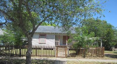 Corpus Christi Single Family Home For Sale: 1422 14th St