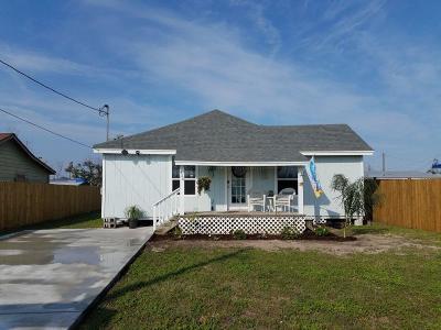 Single Family Home For Sale: 420 E Hackberry St