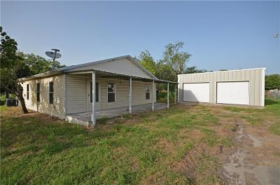 Robstown Single Family Home For Sale: 5464 Riverview Dr