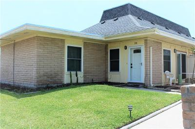 Port Aransas Condo/Townhouse For Sale: 4901 State Highway 361 Hwy #114