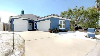 Single Family Home For Sale: 15342 Dasmarinas Dr