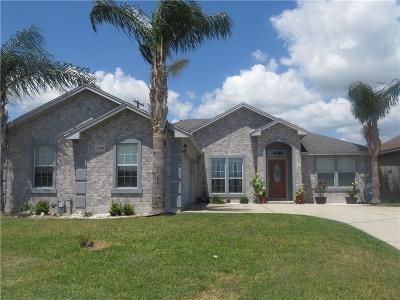 Single Family Home For Sale: 3029 Charles Dr