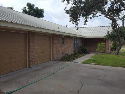 Rockport Single Family Home For Sale: 924 Seagull Lane