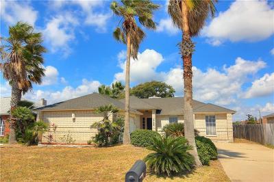 Single Family Home For Sale: 15133 Dasmarinas Dr