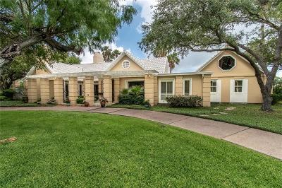 Corpus Christi Single Family Home For Sale: 19 Hewit Dr