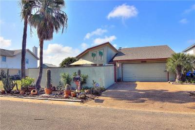 Single Family Home For Sale: 15305 Tortuga Ct